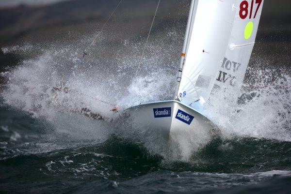 470 charging upwind
