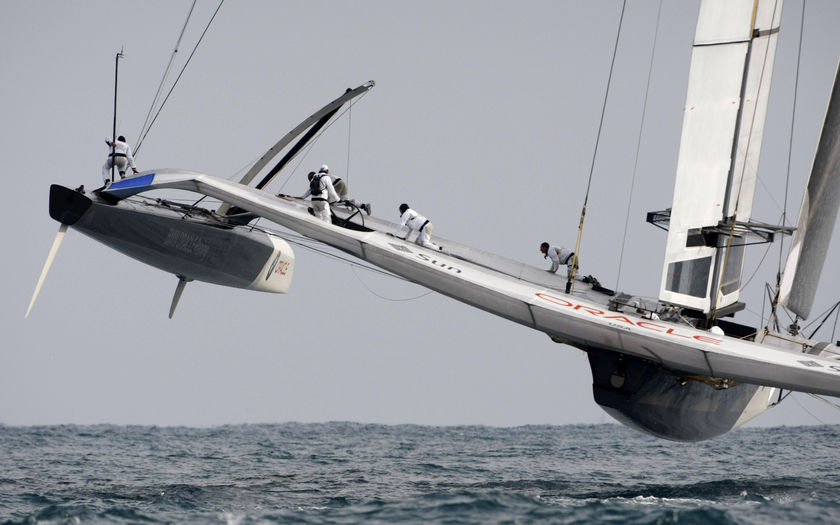 BMW Oracle heads for the finish line